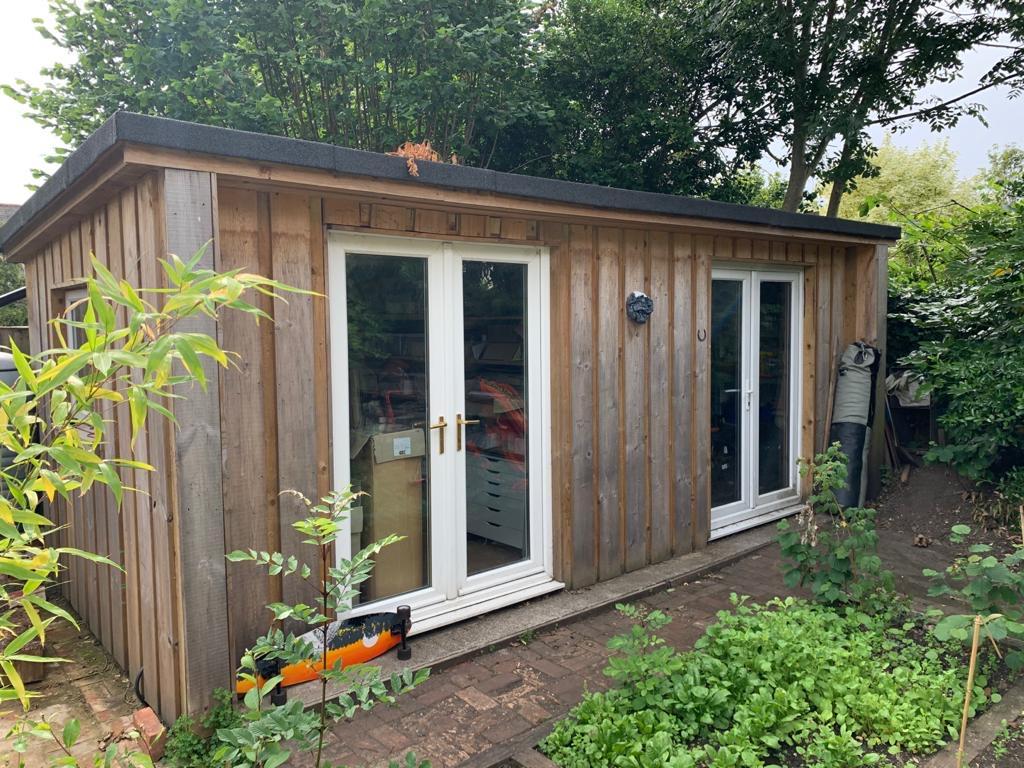 Garden cabin and studio